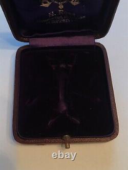 Cased WW1 Imperial German Mecklenburg Order of Griffin Officers Badge- Medal/Pin