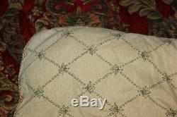 Croscill Imperial Red Gold Medallion (3pc) King Comforter Set Very Nice