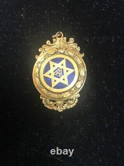 Fine Victorian Masonic Silver Gilt Royal Arch Medal Porcelain
