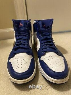 Nike Air Jordan Retro 1 High Gold Medal Size 10.5