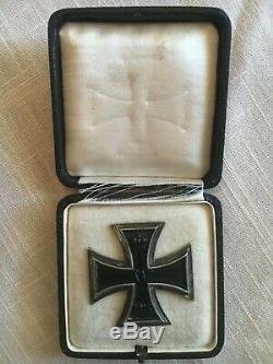 Original WW1 Imperial German Iron Cross First Class EK1 Medal in Display Case