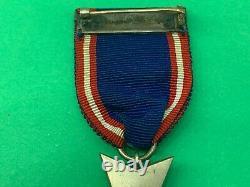 Rare The Royal Victorian Order M. V. O 5th Class Breast Badge Medal original box