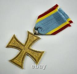 WW1 German Imperial Mecklenburg-Schwerin merit cross badge pin medal vet estate