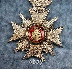 WW1 German Imperial reuss honor iron class swords cross badge pin medal enamel